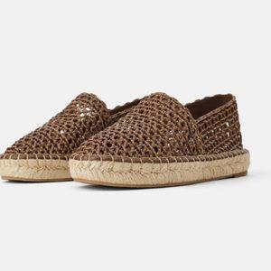 Zara flat shoes 🥿